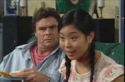 Joe Scully, Lori Lee in Neighbours Episode 4138
