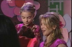 Summer Hoyland, Steph Scully in Neighbours Episode 4140