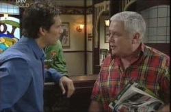 Darcy Tyler, Lou Carpenter in Neighbours Episode 4140