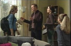 Steph Scully, Max Hoyland, Libby Kennedy, Summer Hoyland in Neighbours Episode 4140