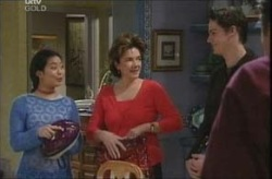 Lori Lee, Lyn Scully, Jack Scully in Neighbours Episode 4142