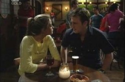 Felicity Scully, Stuart Parker in Neighbours Episode 4143