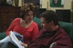 Lyn Scully, Joe Scully in Neighbours Episode 4143