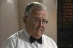 Harold Bishop in Neighbours Episode 4143