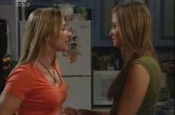 Steph Scully, Felicity Scully in Neighbours Episode 4144