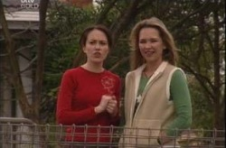 Libby Kennedy, Steph Scully in Neighbours Episode 4146