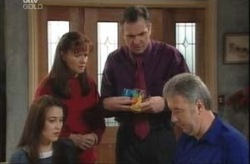 Libby Kennedy, Susan Kennedy, Karl Kennedy, Gino Esposito in Neighbours Episode 4147