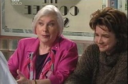 Rosie Hoyland, Lyn Scully in Neighbours Episode 4148