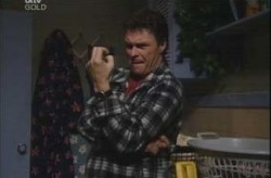 Joe Scully in Neighbours Episode 4148
