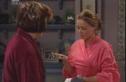 Lyn Scully, Michelle Scully in Neighbours Episode 4148