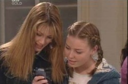 Nina Tucker, Michelle Scully in Neighbours Episode 4149
