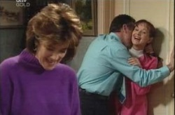 Karl Kennedy, Susan Kennedy, Lyn Scully in Neighbours Episode 4149
