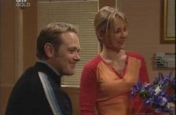 Max Hoyland, Steph Scully in Neighbours Episode 4150
