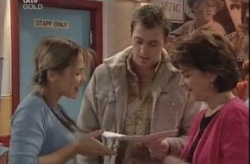 Stuart Parker, Steph Scully, Lyn Scully in Neighbours Episode 4150