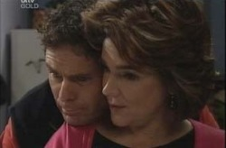 Joe Scully, Lyn Scully in Neighbours Episode 4151