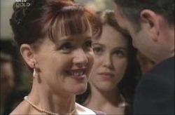 Susan Kennedy, Libby Kennedy, Karl Kennedy in Neighbours Episode 4155