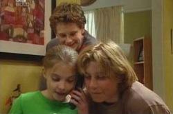 Boyd Hoyland, Daniel Clohesy, Summer Hoyland in Neighbours Episode 4180