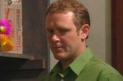 Max Hoyland in Neighbours Episode 4180