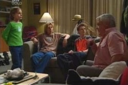 Summer Hoyland, Boyd Hoyland, Daniel Clohesy, Lou Carpenter, Dino in Neighbours Episode 4180