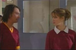 Nina Tucker, Taj Coppin in Neighbours Episode 4183