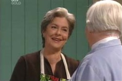 Ruby Dwyer, Rosie Hoyland in Neighbours Episode 4184