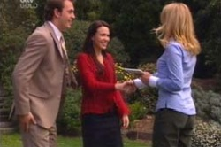 Stuart Parker, Libby Kennedy, Sarah Jones in Neighbours Episode 4185
