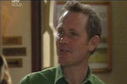 Max Hoyland in Neighbours Episode 4187