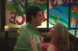 Alex Argenzio, Steph Scully in Neighbours Episode 4187