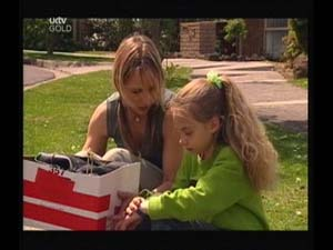 Steph Scully, Summer Hoyland in Neighbours Episode 4188