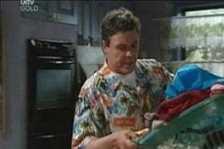 Joe Scully in Neighbours Episode 4189