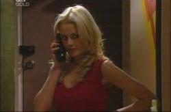Dee Bliss in Neighbours Episode 4190