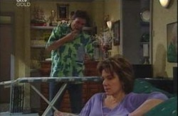 Lyn Scully, Joe Scully in Neighbours Episode 4192