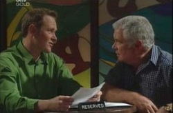 Max Hoyland, Lou Carpenter in Neighbours Episode 4194