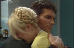 Darcy Tyler, Dee Bliss in Neighbours Episode 4194