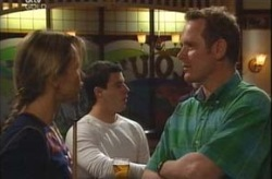 Steph Scully, Alex Argenzio, Max Hoyland in Neighbours Episode 4196