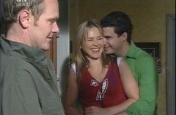 Max Hoyland, Steph Scully, Alex Argenzio in Neighbours Episode 4196