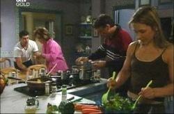 Alex Argenzio, Lyn Scully, Joe Scully, Steph Scully in Neighbours Episode 4200