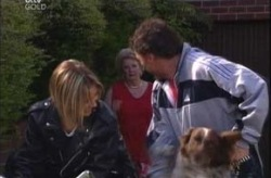 Steph Scully, Valda Sheergold, Joe Scully, Harvey in Neighbours Episode 4204