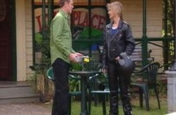 Max Hoyland, Steph Scully in Neighbours Episode 4204