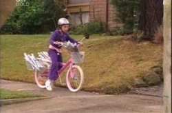 Summer Hoyland in Neighbours Episode 4205