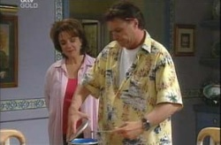 Lyn Scully, Joe Scully in Neighbours Episode 4207