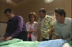 Karl Kennedy, Lyn Scully, Joe Scully, Jack Scully in Neighbours Episode 4207