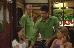 Libby Kennedy, Max Hoyland, Alex Argenzio, Steph Scully in Neighbours Episode 4209