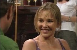 Max Hoyland, Steph Scully in Neighbours Episode 4209