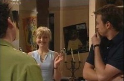 Toadie Rebecchi, Sindi Watts, Stuart Parker in Neighbours Episode 4209