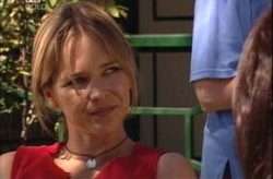 Steph Scully in Neighbours Episode 4209