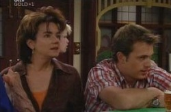 Lyn Scully, Stuart Parker in Neighbours Episode 4210