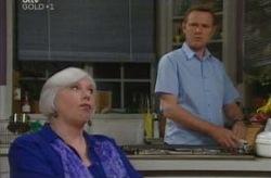 Max Hoyland, Rosie Hoyland in Neighbours Episode 4210