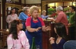 Susan Kennedy, Valda Sheergold, Libby Kennedy in Neighbours Episode 4210