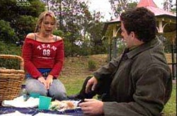 Steph Scully, Alex Argenzio in Neighbours Episode 4211